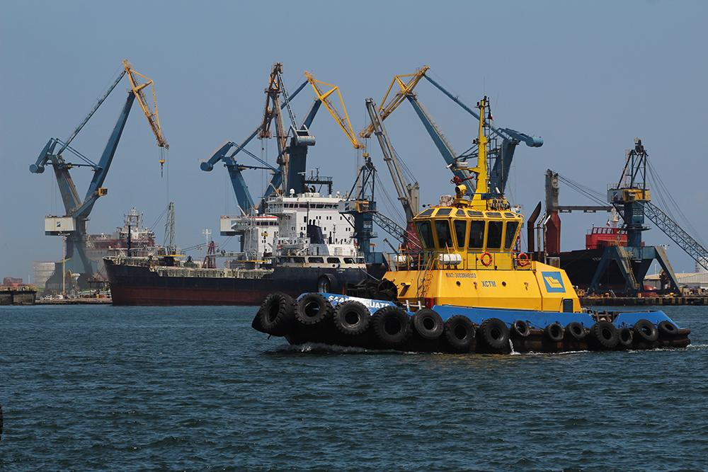 Marinos mercantes podrían tomar los puertos si Senado aprueba su militarización
