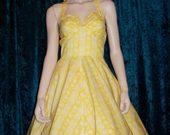 Yellow_trixie1