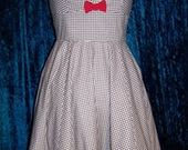 Gingham_ruffled_dress1