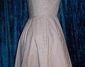 Gingham_ruffled_dress2