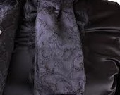 Black_brocade_cravat