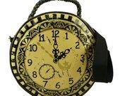 Clock_purse2
