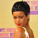Rihanna_300x230