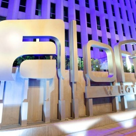ALOFT Hotel Orlando: Perfect Place for a Mother's Day Escape