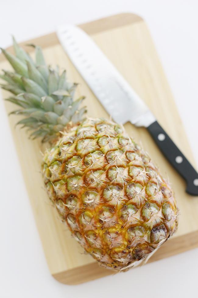 pineapple flower vase myprintly. Black Bedroom Furniture Sets. Home Design Ideas