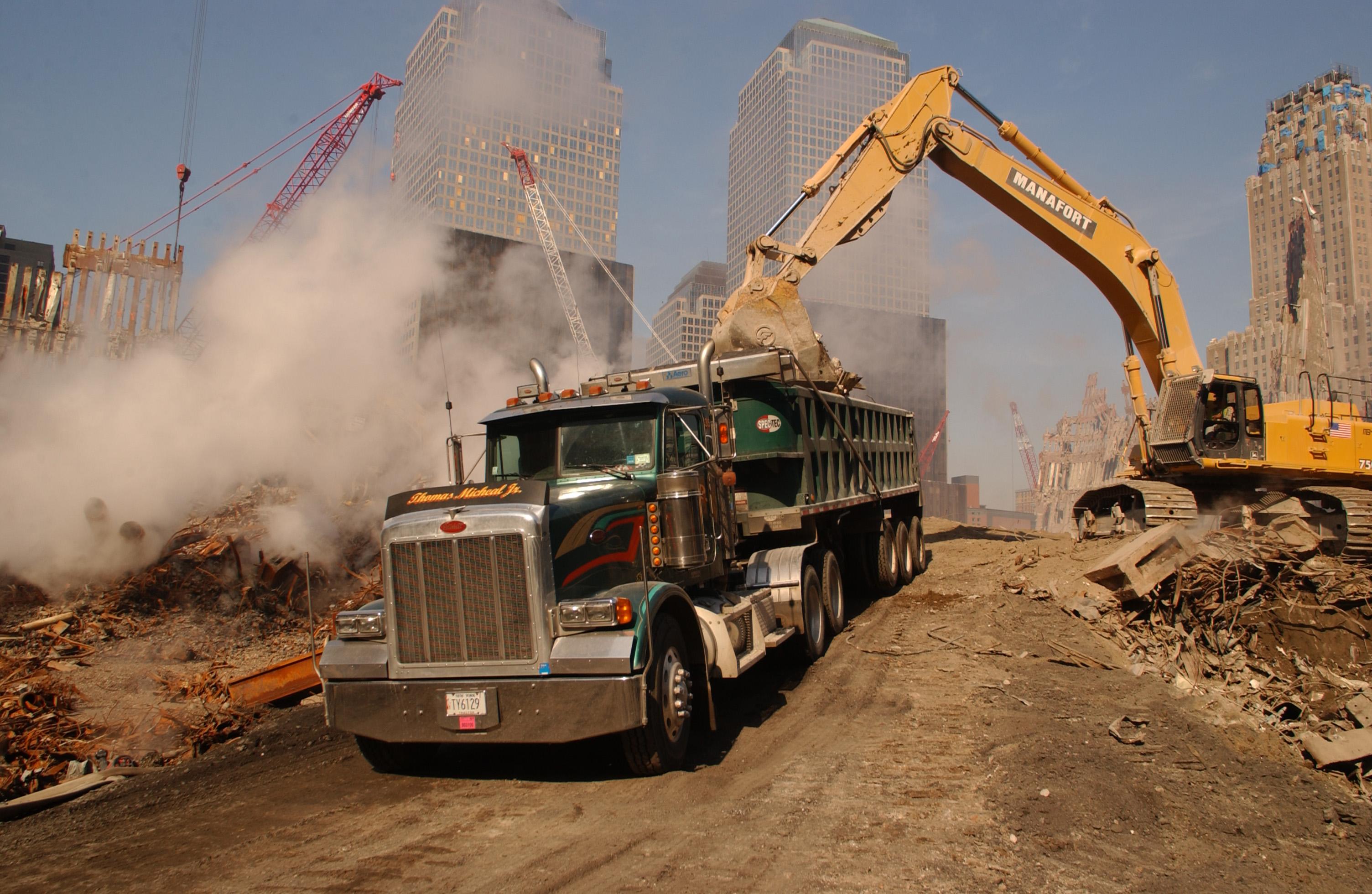 Debris_trucks44.jpg