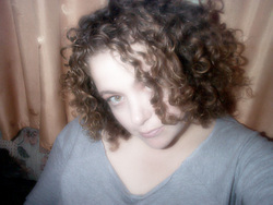 Angie - Brunette, 3a, Medium hair styles, Readers, Female, Curly hair hairstyle picture