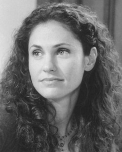 Amy Brenneman - Brunette, 2b, Celebrities, Wavy hair, Long hair styles, Female hairstyle picture