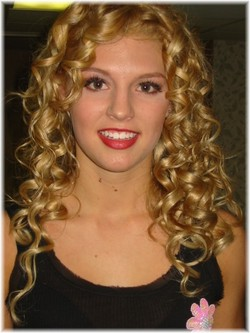 Emily - Blonde, 3a, Long hair styles, Readers, Curly hair, Teen hair hairstyle picture