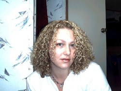 Jennifer - Blonde, 3b, Medium hair styles, Readers, Female, Curly hair hairstyle picture