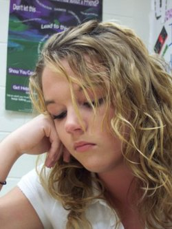 Jamie - Blonde, 2b, Wavy hair, Medium hair styles, Readers, Teen hair hairstyle picture