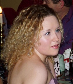 Elaine - Blonde, 3b, Medium hair styles, Readers, Female, Curly hair hairstyle picture