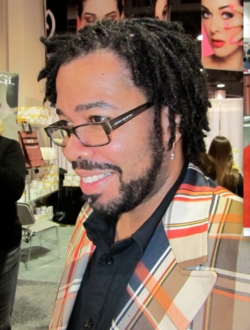 Curly man at ISSE - 3c, 4a, Male, Medium hair styles, Kinky hair, Twist hairstyles, Styles, Kinky twists, Twist out, Coil out hairstyle picture