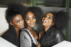 Backstage Models - Medium hair styles, Kinky hair, Afro, Styles, Female, Black hair, Adult hair, Curly kinky hair hairstyle picture