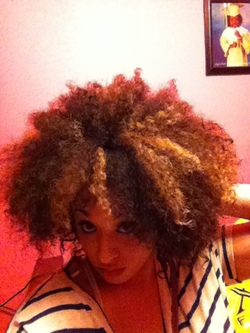 wash n go stretched  - Brunette, 3c, Medium hair styles, Afro, Readers, Styles, Female, Curly hair, Adult hair hairstyle picture