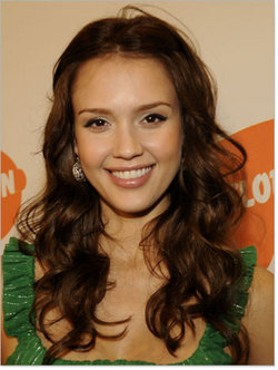 Jessica Alba - Brunette, Celebrities, Long hair styles, Female, Curly hair hairstyle picture