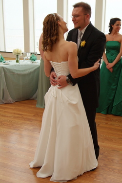 First dance - Wedding hairstyles, Readers hairstyle picture