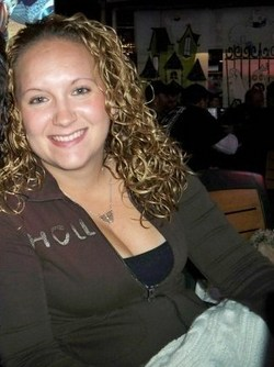 my postpartum curls  - Blonde, 3b, 3a, Medium hair styles, Curly hair, Adult hair hairstyle picture
