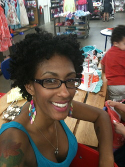 A Chunky Twist-Out Fro - 3c, 4a, Celebrities, Mature hair, Short hair styles, Kids hair, Twist hairstyles, Afro, Readers, Teen hair, Makeovers, Black hair, Adult hair, Afro puff, Twist out hairstyle picture