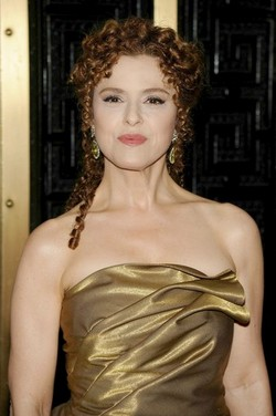 Bernadette Peters - Redhead, 3b, Celebrities, Medium hair styles, Long hair styles, Female hairstyle picture