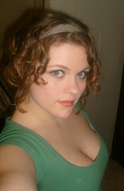 When my hair was shorter - Redhead, 3b, 3a, Medium hair styles, Updos, Readers, Female, Curly hair, Adult hair, Prom hairstyles, Formal hairstyles, Homecoming hairstyles, Buns hairstyle picture