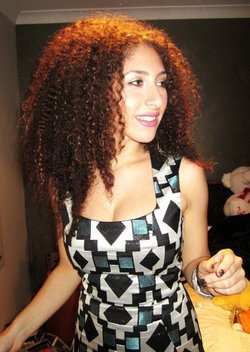 Maaa curls! - Brunette, 3b, Celebrities, Long hair styles, Afro, Readers, Female, Makeovers, Adult hair hairstyle picture