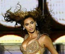 Beautiful Beyonce - Brunette, Blonde, 2b, Celebrities, Wavy hair, Long hair styles, Female, Curly hair hairstyle picture