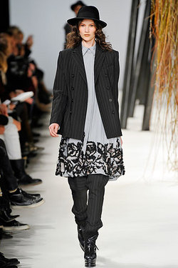 Kenzo - Paris Fashion Week 2010 - Brunette, 3a, Wavy hair, Medium hair styles, Long hair styles, Styles, Female, Curly hair, 2c, Adult hair, Formal hairstyles hairstyle picture