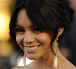 Vanessa Hudgens - Brunette, Celebrities, Updos, Long hair styles, Female, Teen hair, 2c, 2009 Academy Awards hairstyle picture