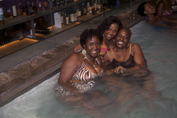 Curly, Wavy, and Locked Beauties Enjoy the Pool - Short hair styles, Medium hair styles, Kinky hair, Female, Adult hair, Curly kinky hair, Textured Tales from the Street hairstyle picture
