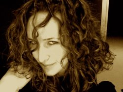 messy curly - Brunette, 3a, Medium hair styles, Readers, Female, Curly hair hairstyle picture