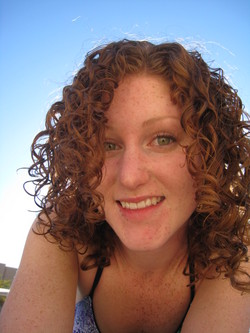 Im a happy curly girl - Redhead, 3b, 3a, Medium hair styles, Readers, Female, Curly hair hairstyle picture