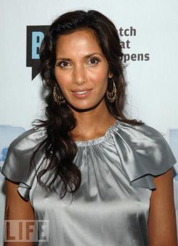Padma Lakshmi - Celebrities, Wavy hair, Medium hair styles, Long hair styles, Female, Curly hair, Black hair, Adult hair hairstyle picture