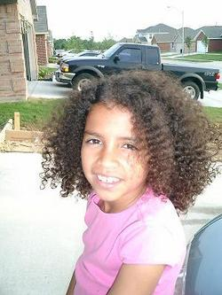 Little Me.  - Brunette, 3c, Medium hair styles, Kids hair, Readers, Curly hair hairstyle picture
