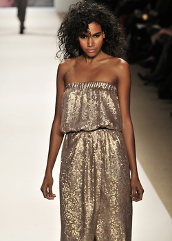 Tibi Fall 2010 - Courtesy of Runway Weekly - 3c, Medium hair styles, Kinky hair, Styles, Female, Curly hair, Black hair, Adult hair, Prom hairstyles, Formal hairstyles hairstyle picture