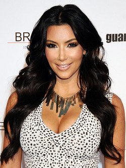 Kim Kardashian - Celebrities, Wavy hair, Long hair styles, Black hair, Weave hairstyles, Hair extensions, Finger waves hairstyle picture