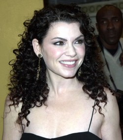 Julianna Margulies - Brunette, 3b, Celebrities, Long hair styles, Summer hair, Spring hair, Fall hair, Winter hair, Female, Curly hair hairstyle picture