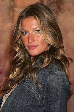 Gisele Bundchen - Brunette, Celebrities, Wavy hair, Long hair styles, Female, Curly hair hairstyle picture