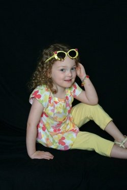 My curly girl - Medium hair styles, Kids hair, Summer hair hairstyle picture