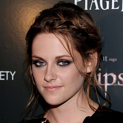Kristen Stewart - Brunette, Celebrities, Wavy hair, Medium hair styles, Updos, Long hair styles, Braids, Female, Formal hairstyles hairstyle picture