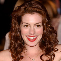 Anne Hathaway  - Brunette, 2b, Celebrities, Wavy hair, Long hair styles, Special occasion, Female hairstyle picture