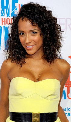 Dania Ramirez - Brunette, 3a, Celebrities, Medium hair styles, Female, Curly hair hairstyle picture