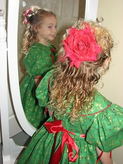 Red Rose - Readers, 2010 Holiday Photos hairstyle picture