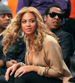 Beyonce - Blonde, Celebrities, Wavy hair, Long hair styles, Female, 2c, Adult hair hairstyle picture
