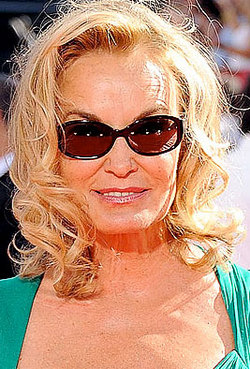 Jessica Lange - Blonde, Celebrities, Mature hair, Medium hair styles, 2009 Emmy Awards hairstyle picture