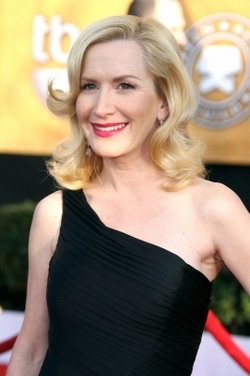 Angela Kinsey - Blonde, 2b, Celebrities, Medium hair styles, Special occasion, Female hairstyle picture