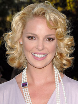 Katherine Heigl - Blonde, 3a, Celebrities, Medium hair styles, Styles, Female, Curly hair, Adult hair hairstyle picture