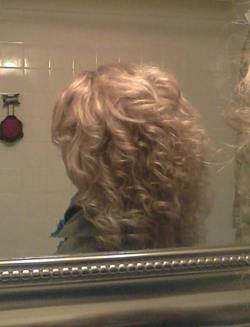 Side view curly blonde - Blonde, 3a, Readers, Female, Adult hair hairstyle picture