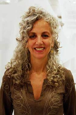 Silver Beauty - Mature hair, Long hair styles, Styles, Curly hair, Gray hair hairstyle picture