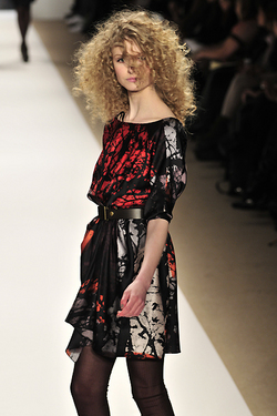 Tibi Fall 2010 - Courtesy of Runway Weekly - Blonde, 3b, 3a, Long hair styles, Styles, Female, Curly hair, Adult hair hairstyle picture